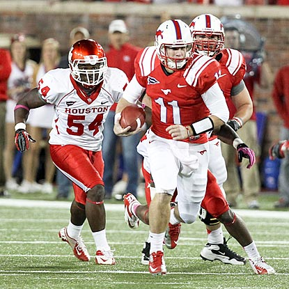 Cougars quarterback Garrett Gilbert helps lead SMU to a school scoring record five days after a loss at winless Tulane.  (US Presswire)