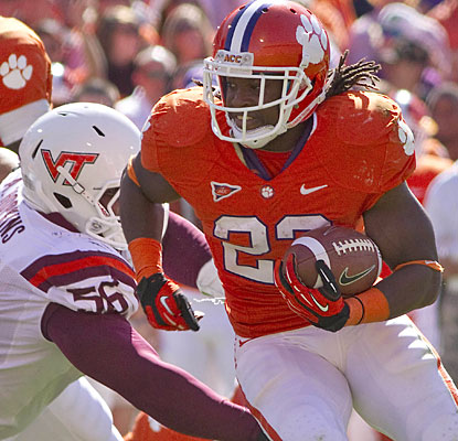 Andre Ellington adds a 12-yard touchdown run as Clemson secures its 11th consecutive home victory.  (US Presswire)