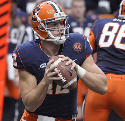 Ryan Nassib throws for 246 yards, surpassing Donovan McNabb for No. 2 on Syracuse's all-time list.  (AP)