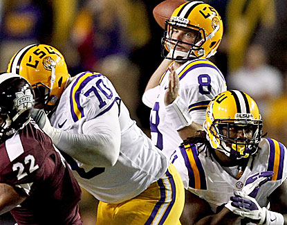 Zach Mettenberger continues his strong play, throwing for 273 yards and 2 touchdowns. (US Presswire)