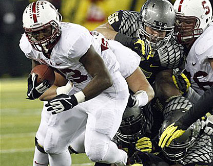 Stanford running back Stepfan Taylor runs for 157 yards on 33 carries against the Ducks on Saturday. (AP)