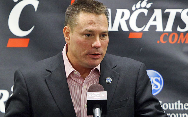 Butch Jones interviewed with Purdue and Colorado before declining offers from those schools. (AP)