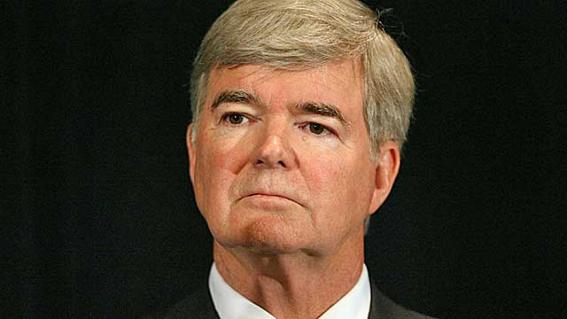 Mark Emmert's stipend proposal isn't any closer to passing, says one NCAA official. (USATSI)