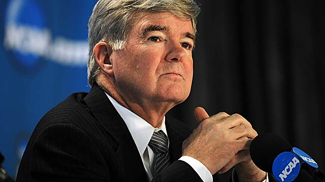 Mark Emmert's NCAA may have to backpedal from its original recruiting deregulation plans. (AP)