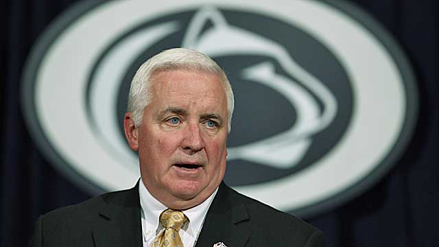 Pennsylvania Gov. Tom Corbett makes remarks after a Penn State board meeting in February. (AP)