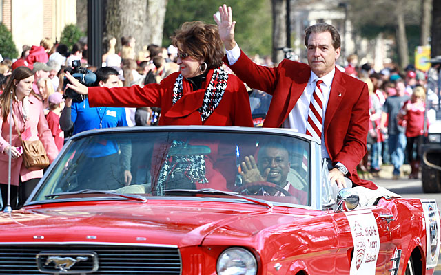 Victory parades through Tuscaloosa give everybody a close glimpse at the architect, Nick Saban. (USATSI)