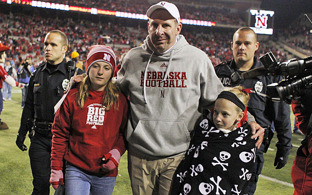 After five years in Lincoln, Bo Pelini and his family are still enjoying the college atmosphere. (USATSI)