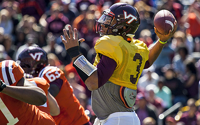 With a new offensive coordinator, Logan Thomas hopes to lead Virginia Tech back to the top. (USATSI)