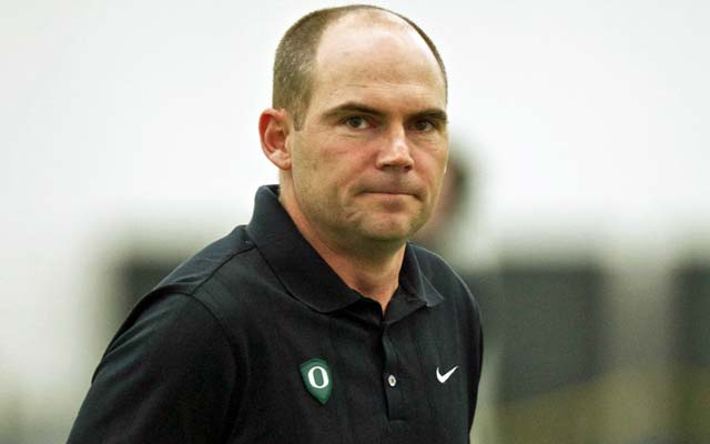 Mark Helfrich has plenty of experience to rely on as he takes over the high-powered Ducks. (USATSI)