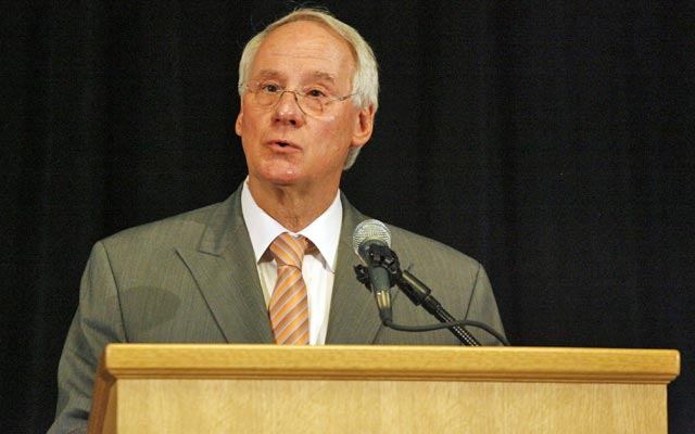 More presidential pressure: Oregon State's Ed Ray is being sued by the Paterno family. (USATSI)