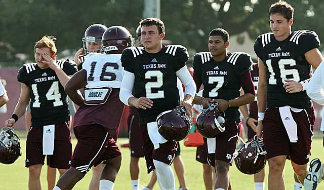 As evidenced in a scrimmage Saturday night, Johnny Manziel's problems are not on the field (USATSI)