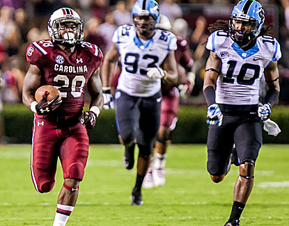 Speedy South Carolina running back Mike Davis breaks open the game with a 75-yard touchdown run. (USATSI)