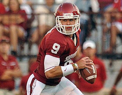 Oklahoma quarterback Trevor Knight takes over the starting role and runs for 103 yards on 13 carries. (USATSI)