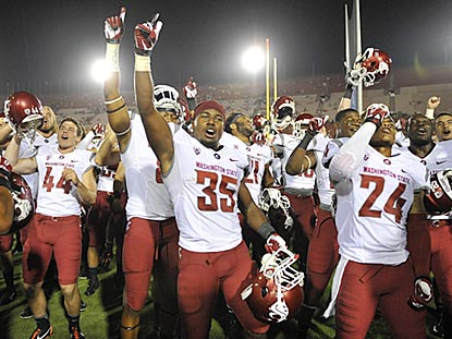 Washington State doesn't allow a pass play longer than 8 yards and scores its first victory at USC in 2000.  (USATSI)