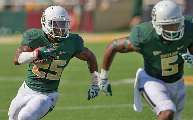 Ask Lache Seastrunk -- allegedly pass-happy Baylor has no problem running the ball this season. (USATSI)