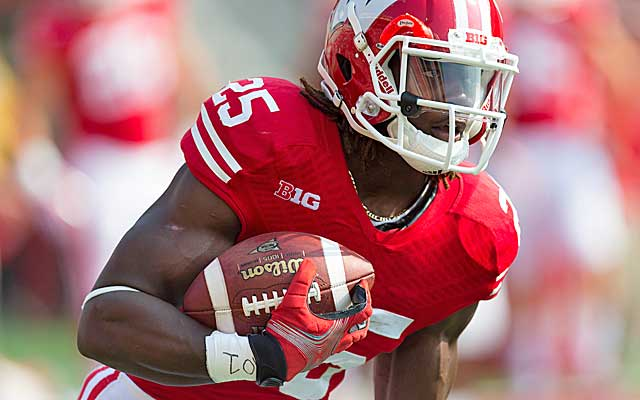 The Badgers' Melvin Gordon is averaging nearly 12 yards a crack, tops in the nation. (USATSI)