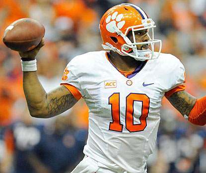Clemson's Tajh Boyd throws for 455 yards and matches a school record with five touchdowns passes in just three quarters. (USATSI)