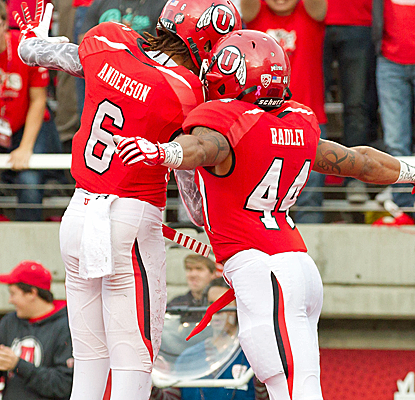 Utah WR Dres Anderson celebrates his touchdown in the Utes' upset victory over No. 5 Stanford.  (USATSI)
