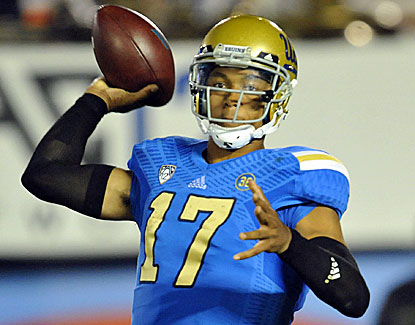 Brett Hundley set a career high with 410 yards and passed for three scores in UCLA's blowout win over Cal. (USATSI)