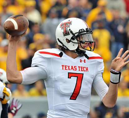 Davis Webb torches the Mountaineers defense to the tune of 462 yards and two touchdowns on 36 of 50 passing. (USATSI)