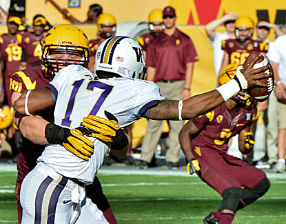 Gannon Conway and the Arizona State defense hold Washington to 212 yards in a 53-24 win. (USATSI)