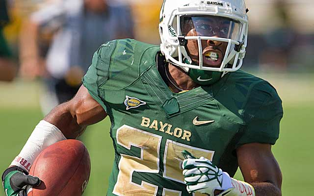 Lache Seastruck and Baylor are fitting to put a hurting on Kansas.  (USATSI)
