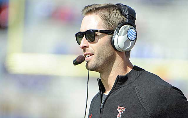 Kliff Kingsbury's Red Raiders face a huge test at Oklahoma. (USATSI)