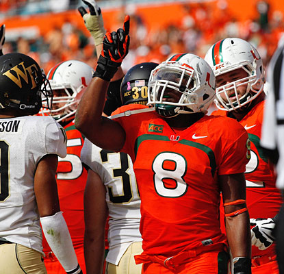 Duke Johnson is a workhorse for unbeaten Miami, carrying the ball 30 times for 168 yards and two touchdowns.  (USATSI)