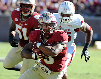 Florida State's Devonta Freeman gets 92 rushing yards and two scores as the No. 3 Seminoles blast NC State in Tallahassee. (USATSI)