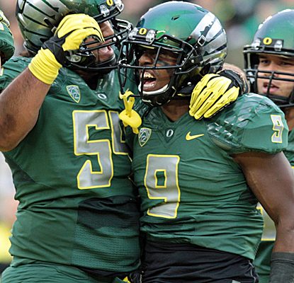 Oregon is fired up after turning a tie game at halftime into a blowout over No. 12 UCLA in Eugene.  (USATSI)