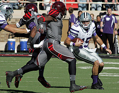 K-State quarterback Jake Waters runs for two scores as the Wildcats hand Texas Tech its third straight loss. (USATSI)