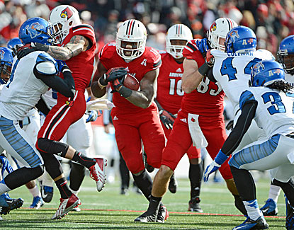 Dominique Brown rushes for a team-high 54 yards and a touchdown in Louisville's tight win over Memphis. (USATSI)