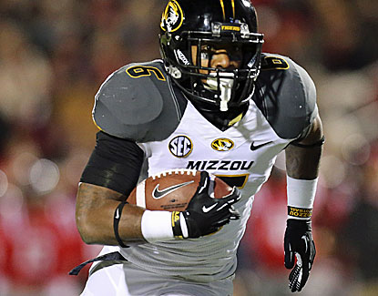 Marcus Murphy runs for 67 of Missouri's 260 rushing yards in the Tigers' 24-10 win over Ole Miss. (USATSI)