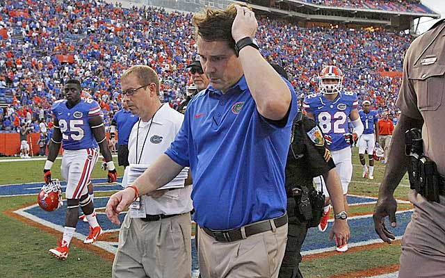 Will Muschamp walks off the field after head-scratching loss to FCS Georgia Southern.   (USATSI)