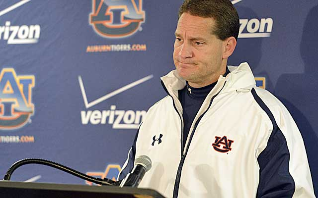 Auburn opted to cut Gene Chizik lose after a lost 2012 season that ended with a 49-0 pasting in the Iron Bowl.  (USATSI)
