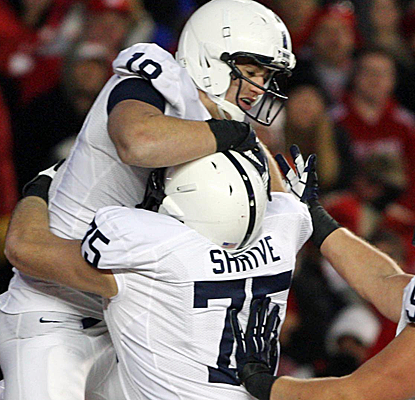 Penn State puts a serious dent in Wisconsin's hopes of getting an at-large berth to a BCS bowl game.  (USATSI)