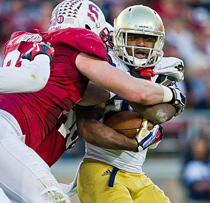 Stanford stiffens up when it needs to, holding off Notre Dame with the Pac-12 Championship looming. (USATSI)