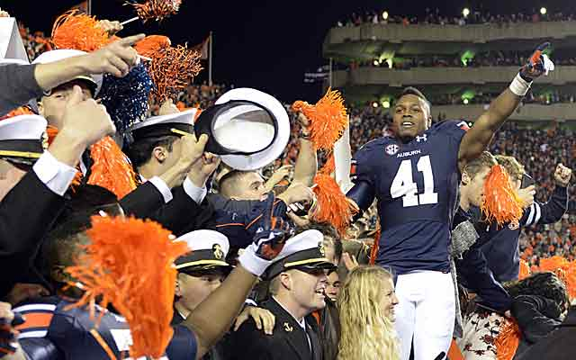 Does one-loss Auburn have the juice to jump Ohio State in the BCS standings with a week left? (USATSI)