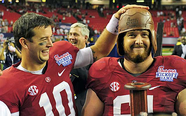Alabama QB AJ McCarron likely won't have Anthony Steen (right) to protect him in the Sugar Bowl.   (USATSI)
