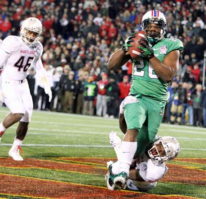 Gator Haskins scores Marshall's final touchdown of the night on an 8-yard touchdown pass from Rakeem Cato.  (USATSI)