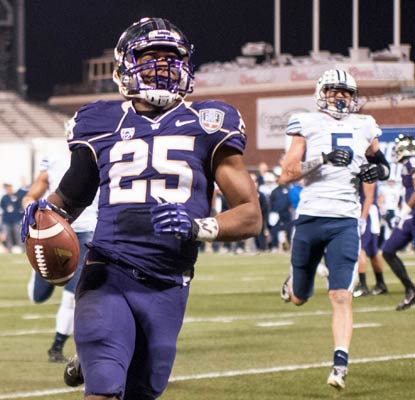 Bishop Sankey has 38 career touchdowns at Washington, tying George Wilson's (1923-25) school record.  (USATSI)
