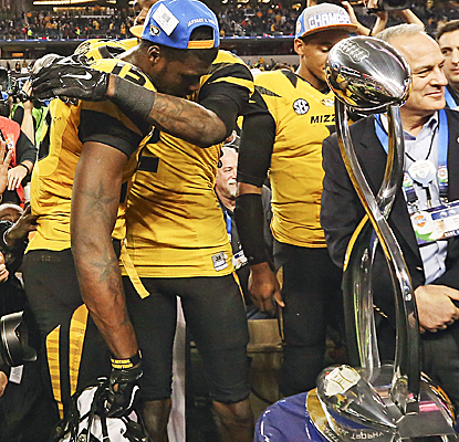 Missouri matches a school record with 12 wins, and gives the SEC its 10th win in the last 11 Cotton Bowls.  (USATSI)