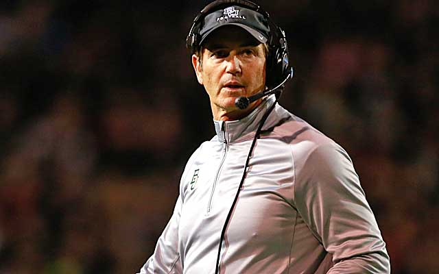 Briles stuck with Baylor despite overtures from the likes of Texas and the NFL's Redskins.   (USATSI)
