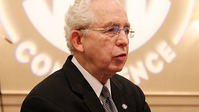 Mike Slive and the SEC have preserved annual cross-division rivalries. (USATSI)