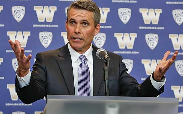 Chris Petersen says he is starting over at Washington.(USATSI)
