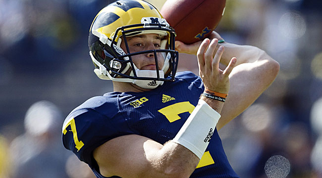 Doyel: Michigan playing with QB's life