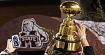Egg Bowl (USATSI)