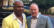 Mike Tyson, Mark Stoops (Twitter)