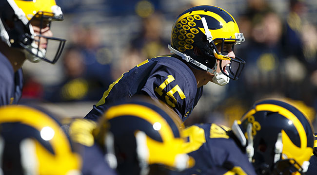 LIVE: Michigan grabs lead vs. unbeaten N'western