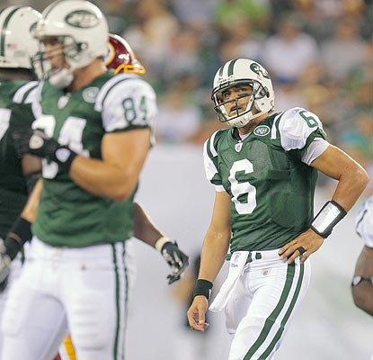 Mark Sanchez and the offense still don't look sharp as the Jets' record slips to 1-2 in the preseason. (US Presswire)